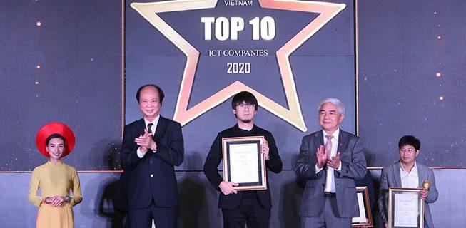 NALは【2020年ベトナムIT企業トップ10社】の表彰式に参加した